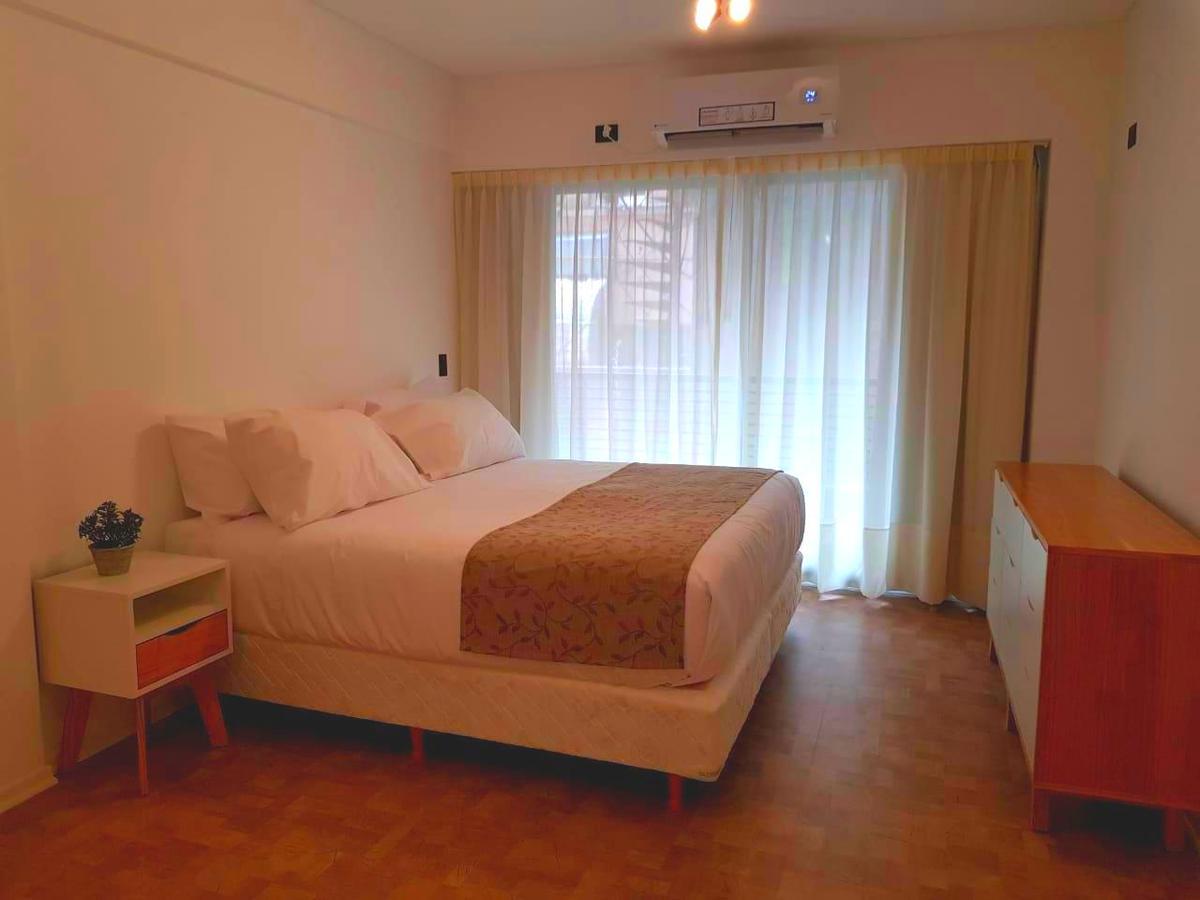 Foto Departamento en Alquiler | Alquiler temporario en  Barrio Norte ,  Capital Federal  Paraguay al 2400