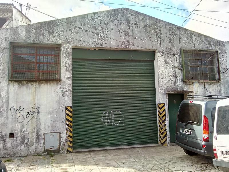 Foto Depósito en Venta en  Villa Ballester,  General San Martin  LISANDRO DE LA TORRE al 5800