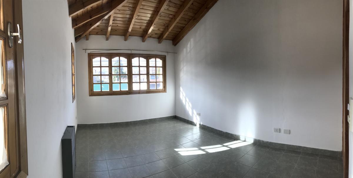 Foto Departamento en Alquiler en  Esquel,  Futaleufu  darwin al 500