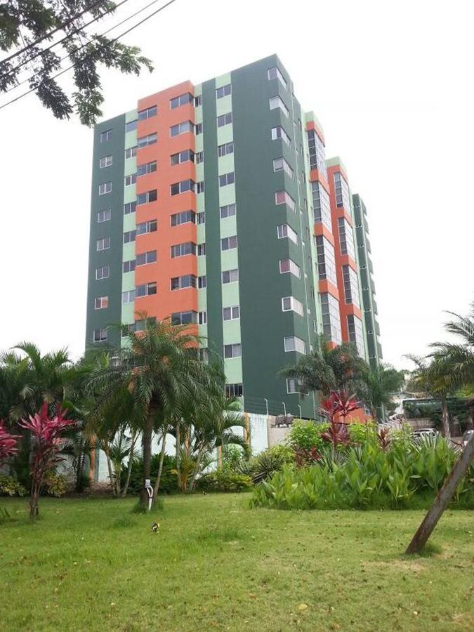 Foto Departamento en Venta en  Vía a la Costa,  Guayaquil  Colinas de los Ceibos,  Edif Vizcaya Gardens Departamento