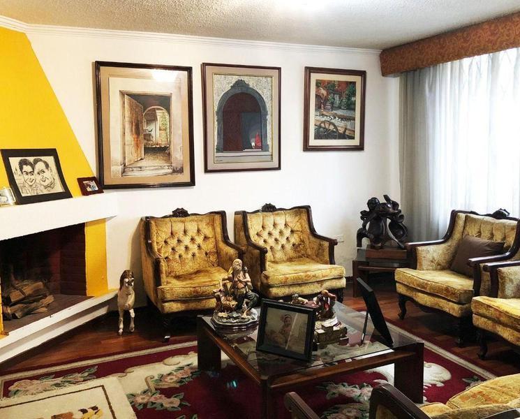 Foto Casa en Venta en  El Pinar,  Quito  El Pinar