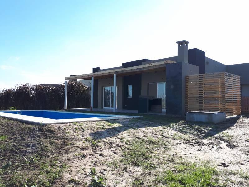 Foto Casa en Venta en  El Canton,  Countries/B.Cerrado  Barrio Puerto 55