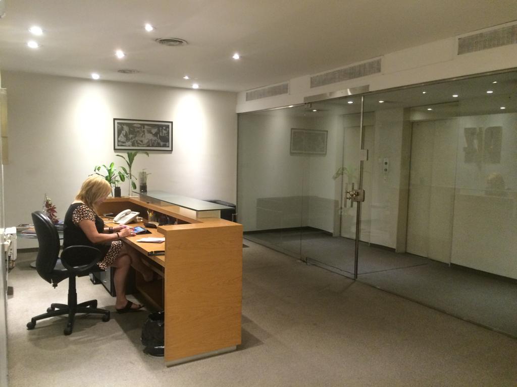 Foto Oficina en Venta en  Microcentro,  Centro  Peron al 700