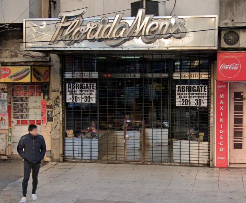 Foto Local en Venta en  Avellaneda ,  G.B.A. Zona Sur  Av. Mitre 668