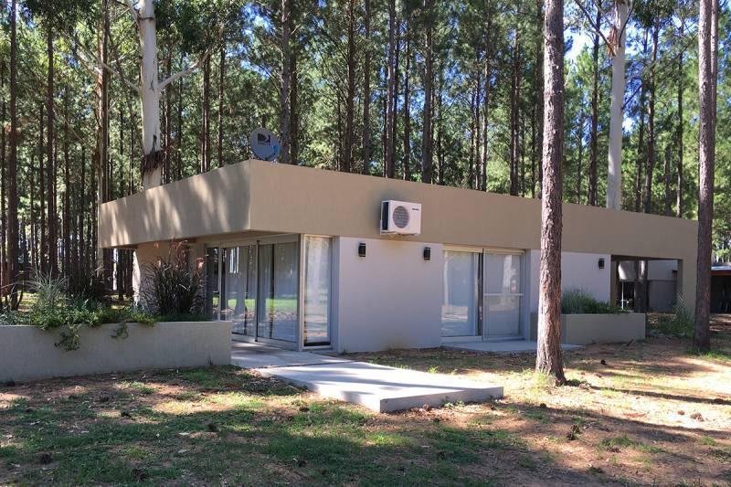 Foto Casa en Alquiler en  San Anselmo,  Colon  La Aldea Club de Campo Colon ruta 14 al 142