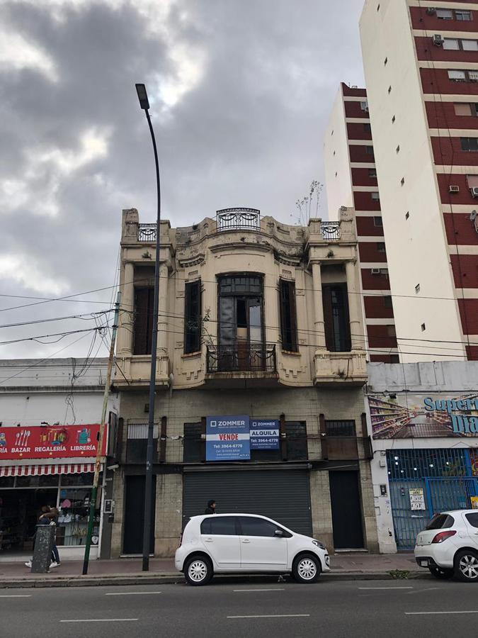 Foto Edificio Comercial en Venta en  Villa Crespo ,  Capital Federal  Av Corrientes 6000, Villa Crespo - Muy buen terreno en venta