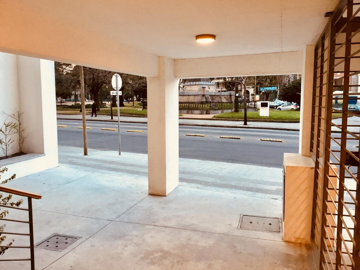 Foto Departamento en Venta en  Aguada ,  Montevideo  Agraciada y Joaquín Suárez