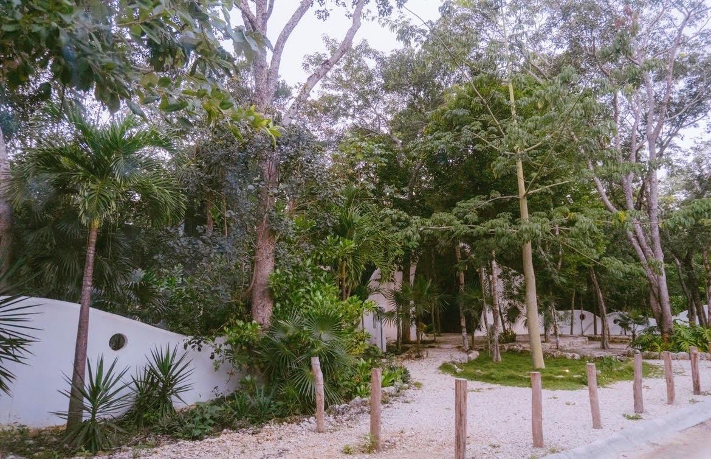 Foto Terreno en Venta en  Tulum ,  Quintana Roo  TERRENO EN VENTA EN TULUM EN DESARROLLO HOLISTIKA
