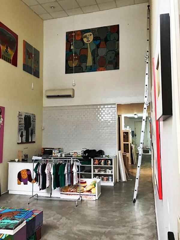 Foto Local en Alquiler en  San Isidro ,  G.B.A. Zona Norte  Domingo Savio al 3000
