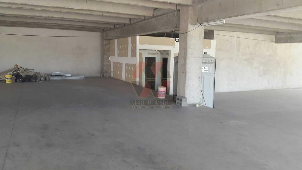 Foto Oficina en Venta en  Villa Siburu,  Cordoba  Av. Sagrada Familia al 500