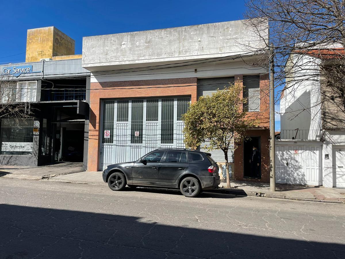 Foto Depósito en Alquiler | Venta en  General Pueyrredon ,  Interior Buenos Aires  Venta - Alquiler Deposito Tucuman al 4600, San Carlos, Mar del Plata