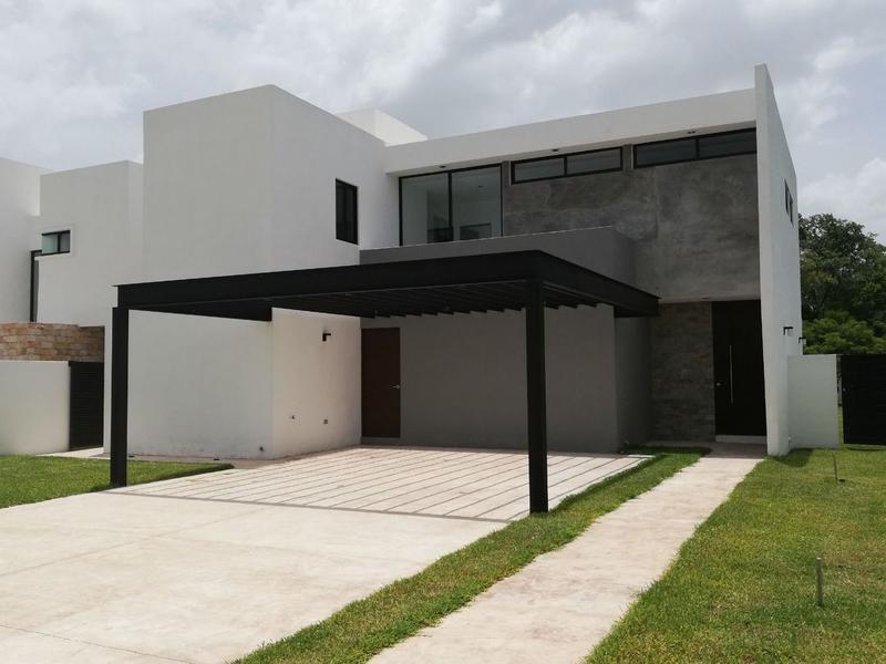 Foto Casa en Venta en  Mérida ,  Yucatán  FABULOSA CASA JARDINES DE LA REJOYADA 50