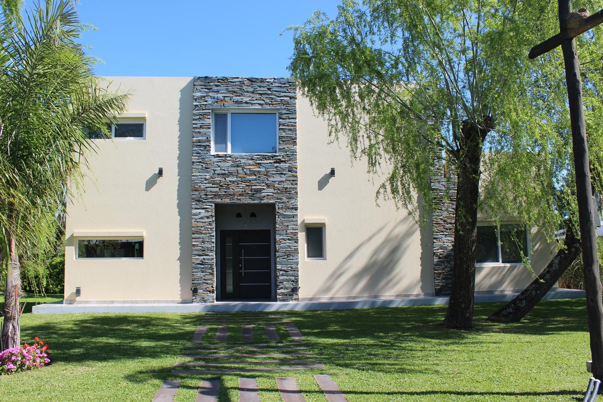 Foto Casa en Alquiler en  Isla Santa Monica,  Countries/B.Cerrado  Isla Santa Monica (Lote 53)