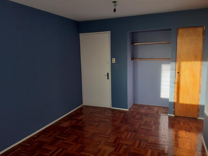 Foto Departamento en Venta en  Buceo ,  Montevideo  Tres dormitorios, impecable, a metros de Avenida Italia y Comercio