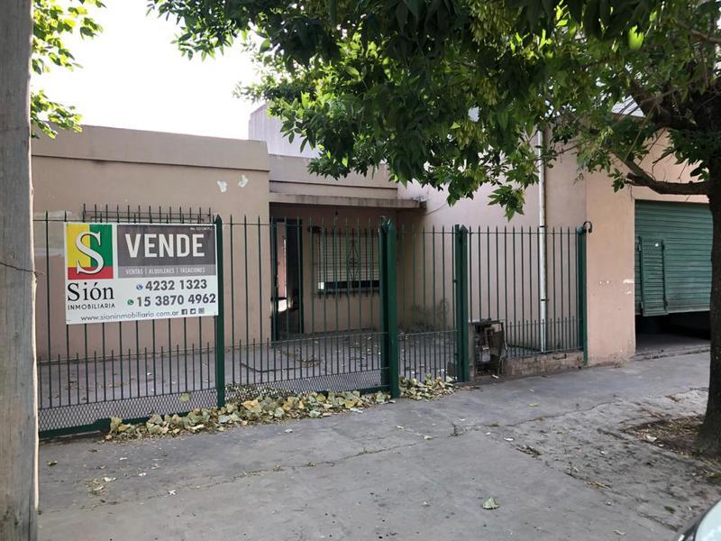 Foto Casa en Venta en  El Jaguel,  Esteban Echeverria  Angela Gonzalez de Barbier 713
