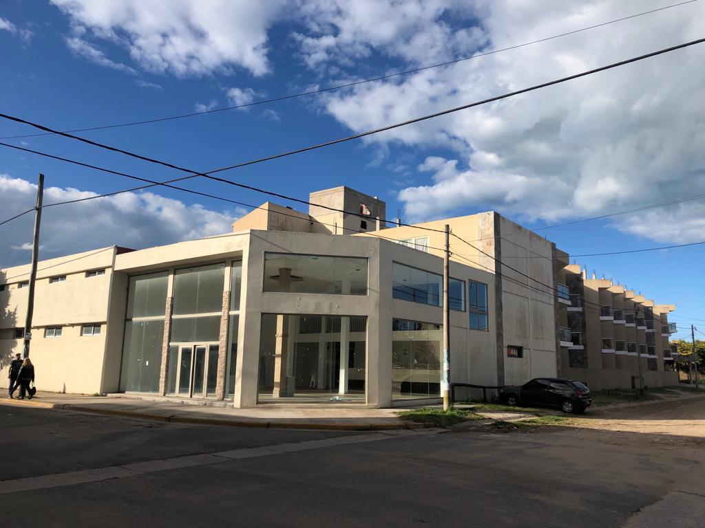 Foto Local en Alquiler en  Costa Azul ,  Costa Atlantica  Mendoza y Sarmiento