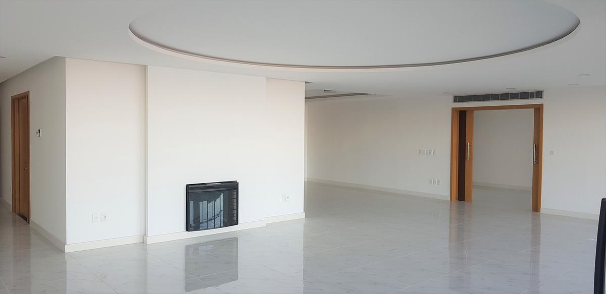 Foto Apartamento en Venta en  Puerto Buceo ,  Montevideo  Rambla Armenia al 3800