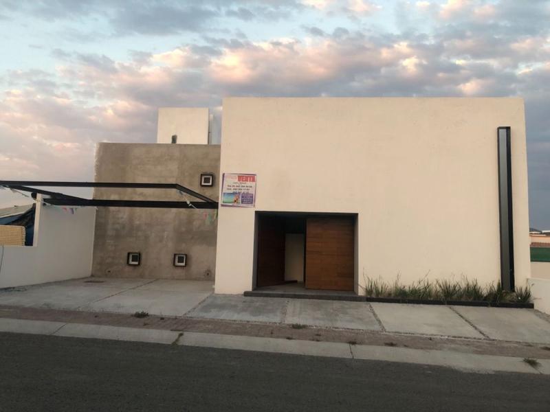Foto Casa en Venta en  Colinas de Juriquilla,  Querétaro  CASA EN VENTA  EN COLINAS DE JURIQUILLA QRO MEX