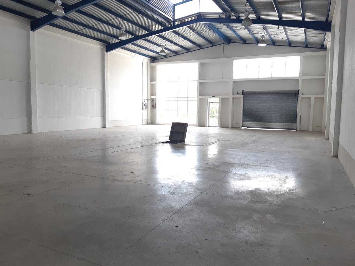 Foto Bodega Industrial en Renta en  Santa Ana ,  San José  Santa Ana/ Bodega/ 360 mt2/ Mantenimiento incluído