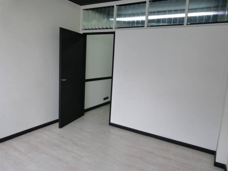 Foto Oficina en Venta en  Balvanera ,  Capital Federal  Av. Pueyrredon al 400