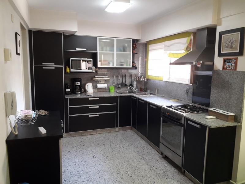 Foto Departamento en Venta | Alquiler en  Lomas de Zamora Oeste,  Lomas De Zamora  Colombres al 200