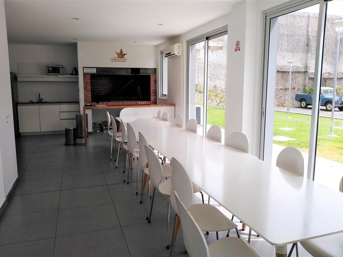 Foto Apartamento en Venta   Alquiler en  Prado ,  Montevideo  Americo Vespucio al 1300