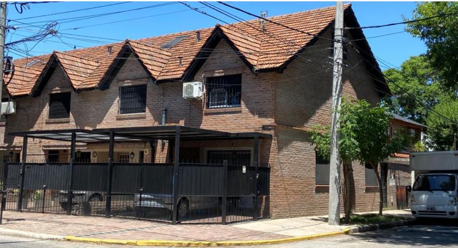 Foto Casa en Venta en  Olivos,  Vicente Lopez  Dr Jonas Salk al 3200