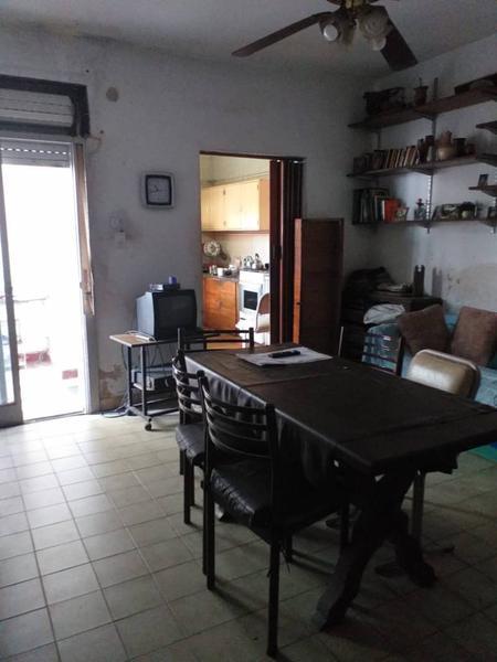 Foto Casa en Venta en  Parque Avellaneda ,  Capital Federal  Dolores al 600