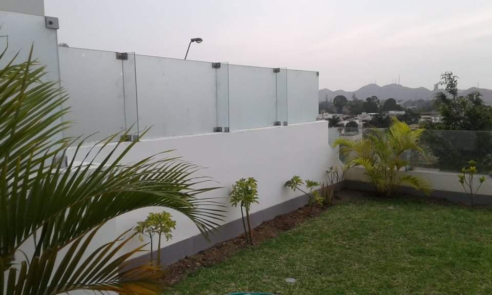 Foto Casa en Venta en  La Molina,  Lima  Urbanizacion el refugio , la molina