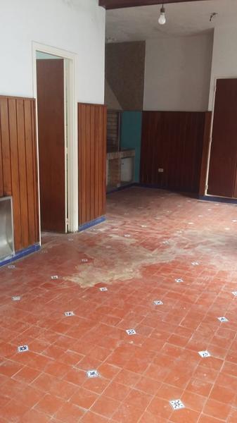 Foto Casa en Venta en  Lomas de Zamora Este,  Lomas De Zamora  Belgrano  al 700