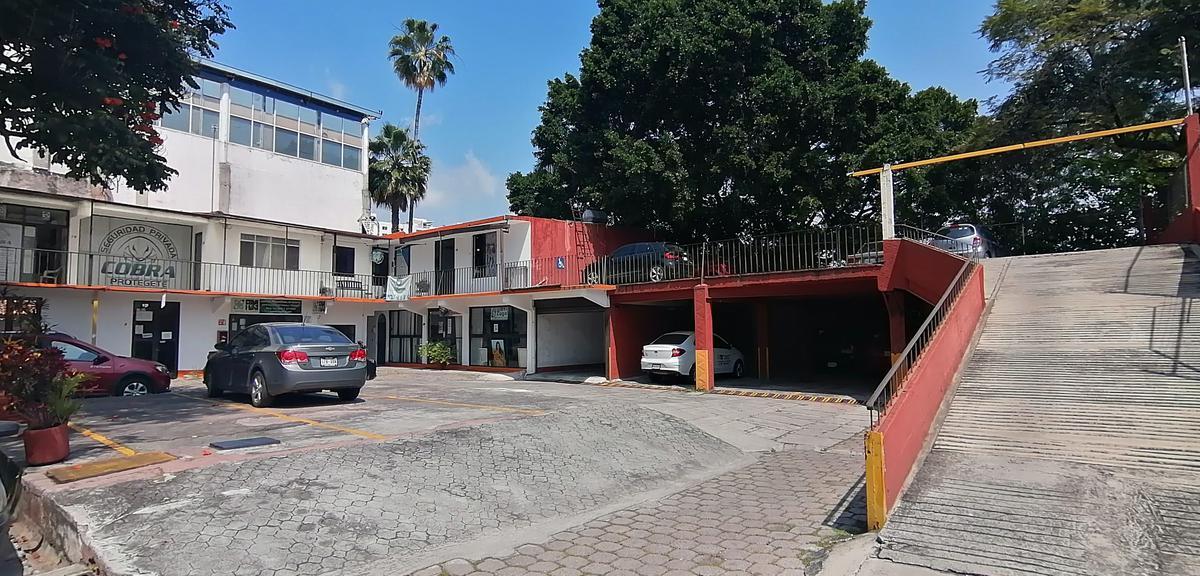 Foto Local en Renta en  Miraval,  Cuernavaca  Local Renta Miraval Cuernavaca