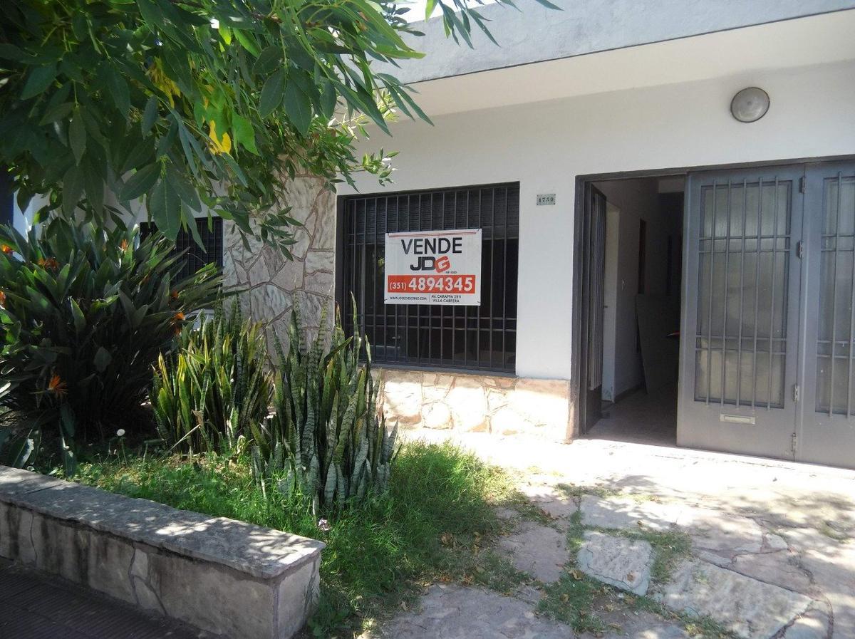 Foto Casa en Venta en  Pque.Capital,  Cordoba  Cerro Cora al 1700