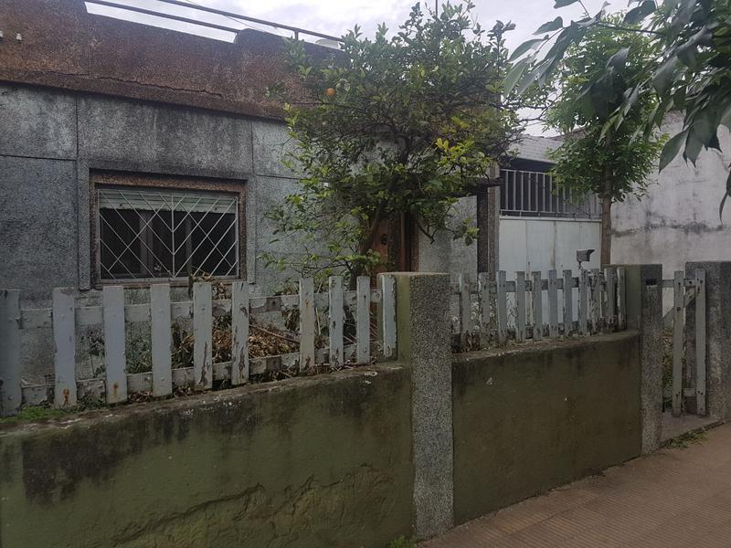 Foto Casa en Venta en  Lanús Oeste,  Lanús  Coronel Murguiondo al 2900