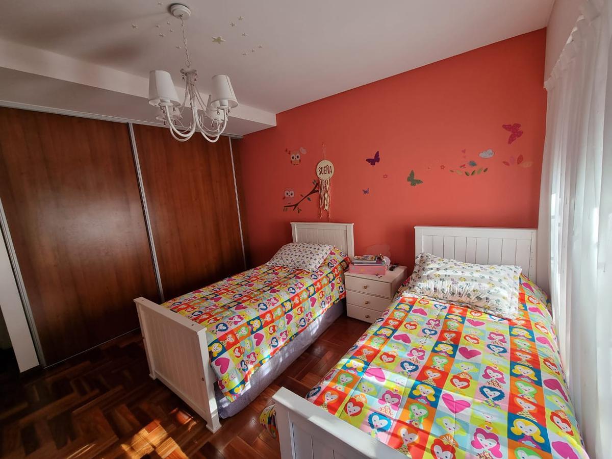 Foto Casa en Venta en  Quilmes,  Quilmes  9 de Julio al 200