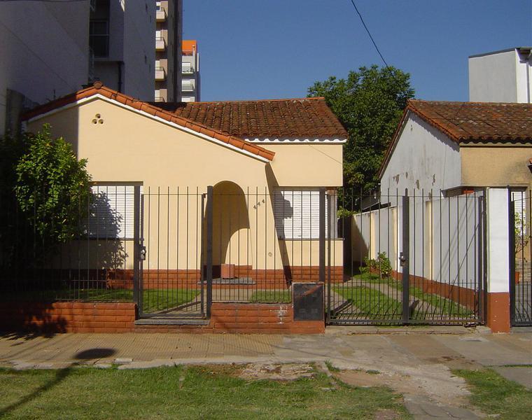 Foto Casa en Venta en  Belen De Escobar,  Escobar  Hipólito Irigoyen 444