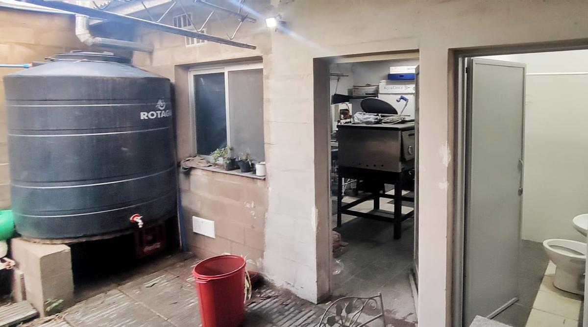 Foto Local en Alquiler en  Santa Rosa,  Capital  Trenel al 1600