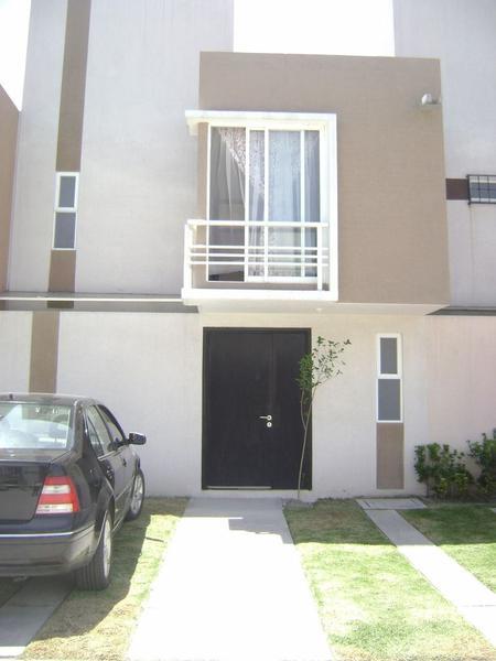 Foto Casa en condominio en Renta en  San Mateo Otzacatipan,  Toluca  CASA EN RENTA LAS MISIONES ZONA AEROPUERTO TOLUCA