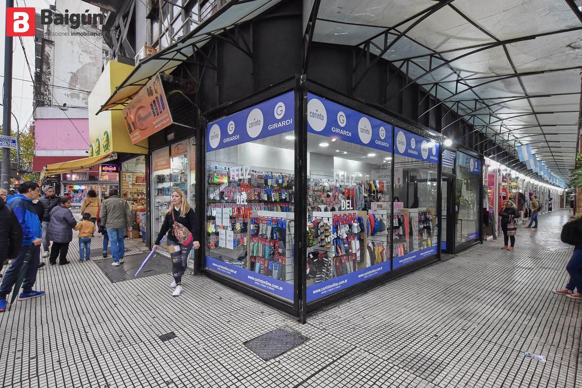 Foto Local en Alquiler en  Balvanera ,  Capital Federal  Av. Corrientes al 2500