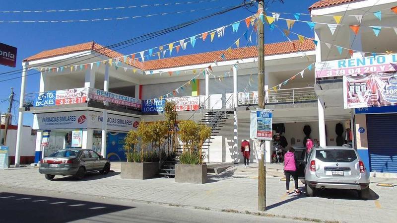 Foto Local en Renta en  San Miguel Zinacantepec,  Zinacantepec  LOCAL EN RENTA PLAZA COMERCIAL (ZINACANTEPEC)