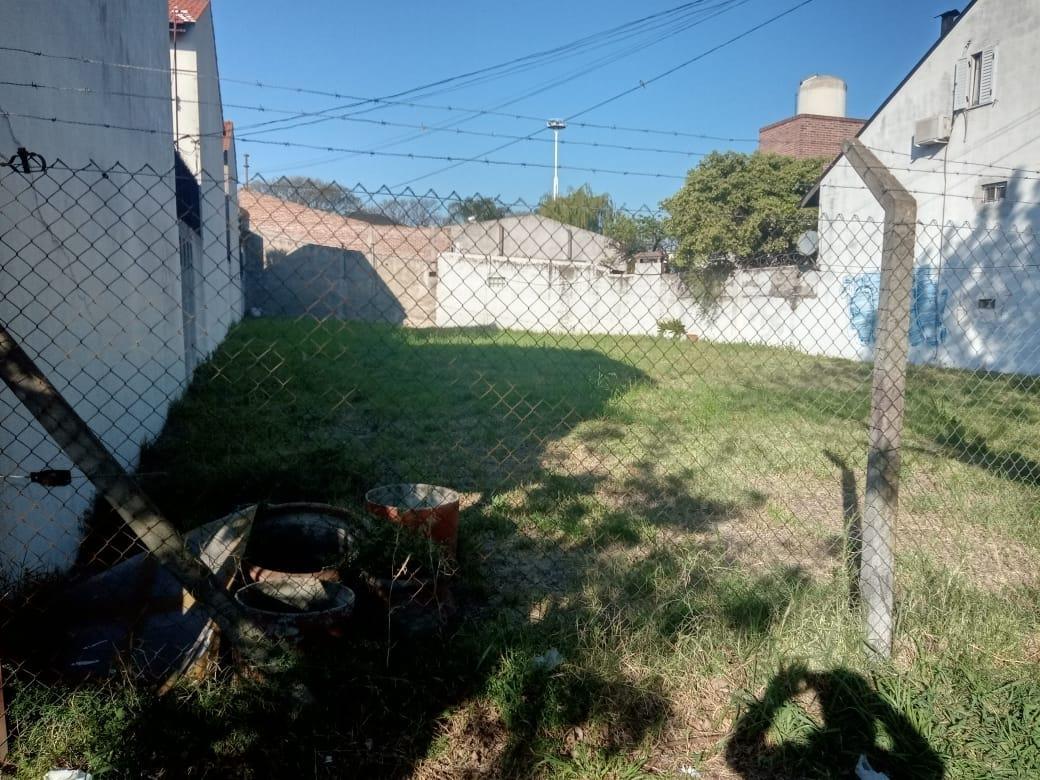 Foto Terreno en Venta en  Lomas Del Mirador,  La Matanza  alicia moreau de justo al 3000