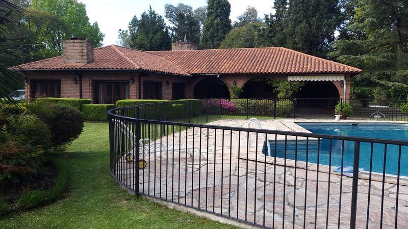 Foto Casa en Venta en  El Trébol,  La Union  Venta - Quinta en barrio El Trébol