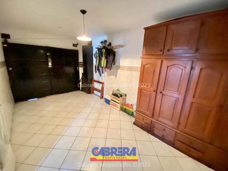 Foto Casa en Venta en  Banfield Este,  Banfield  LUGANO 809