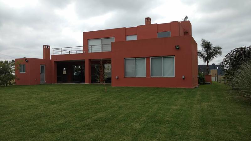 Foto Casa en Venta en  La Magdalena,  Ezeiza  Casa en venta y alquiler en La Magdalena