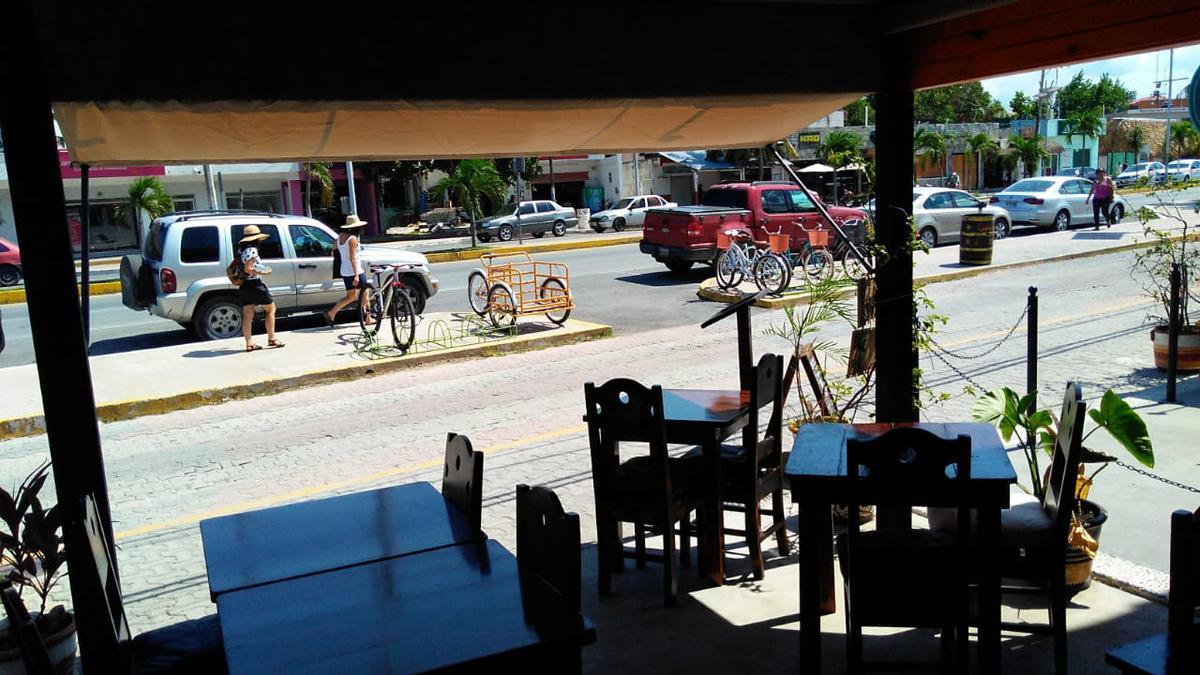 Foto Local en Venta en  Tulum Centro,  Tulum  Restaurante en Traspaso, avenida Federal en Tulum, Excelente ubicacion