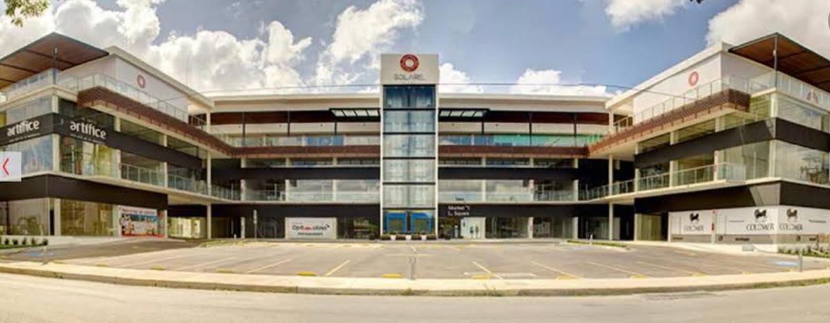 Foto Local en Venta en  Fraccionamiento San Antonio Cucul,  Mérida  Excelente Oportunidad! Local comercial en Venta o renta en plaza Solare!  Excelente ubicación y rentabilidad asegurada!