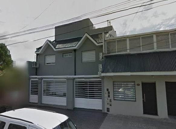 Foto Casa en Venta en  Sarandi,  Avellaneda  Supisiche 759