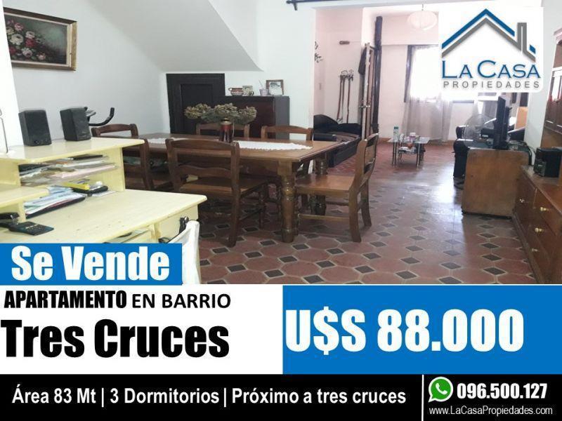 Foto Casa en Venta en  Tres Cruces ,  Montevideo  Joaquin Requena 1700