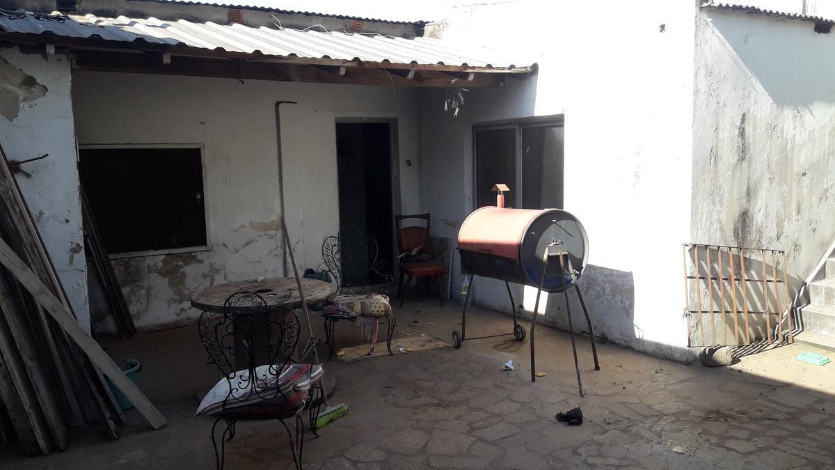 Foto Casa en Venta en  Jose Marmol,  Almirante Brown  Frias al 3400
