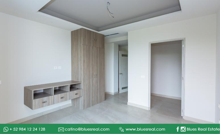 Picture Bussiness Premises in Sale in  José María Morelos ,  Quintana Roo  Commercial mall for sale with luxury premises and apartments in Puerto Morelos | Blues Real | Code 977