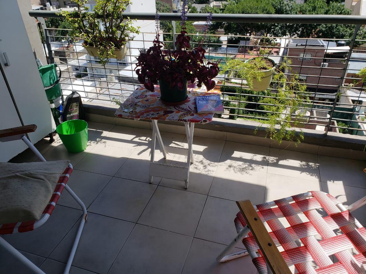 Foto Departamento en Venta en  Echesortu,  Rosario  ZEBALLOS al 3200